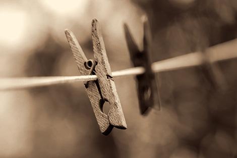 focus-clothespin-470